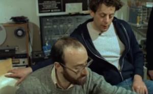 Philip Glass lavora ad Akhnaten (1983)